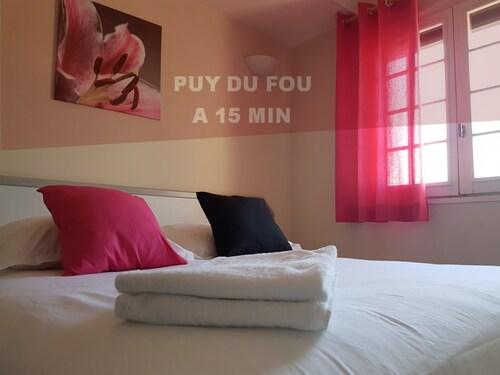 __{offers.Best_flights}__ Le Sainte Florence