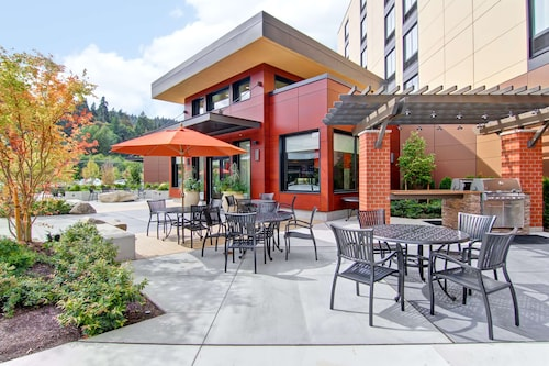 . Homewood Suites by Hilton Seattle-Issaquah