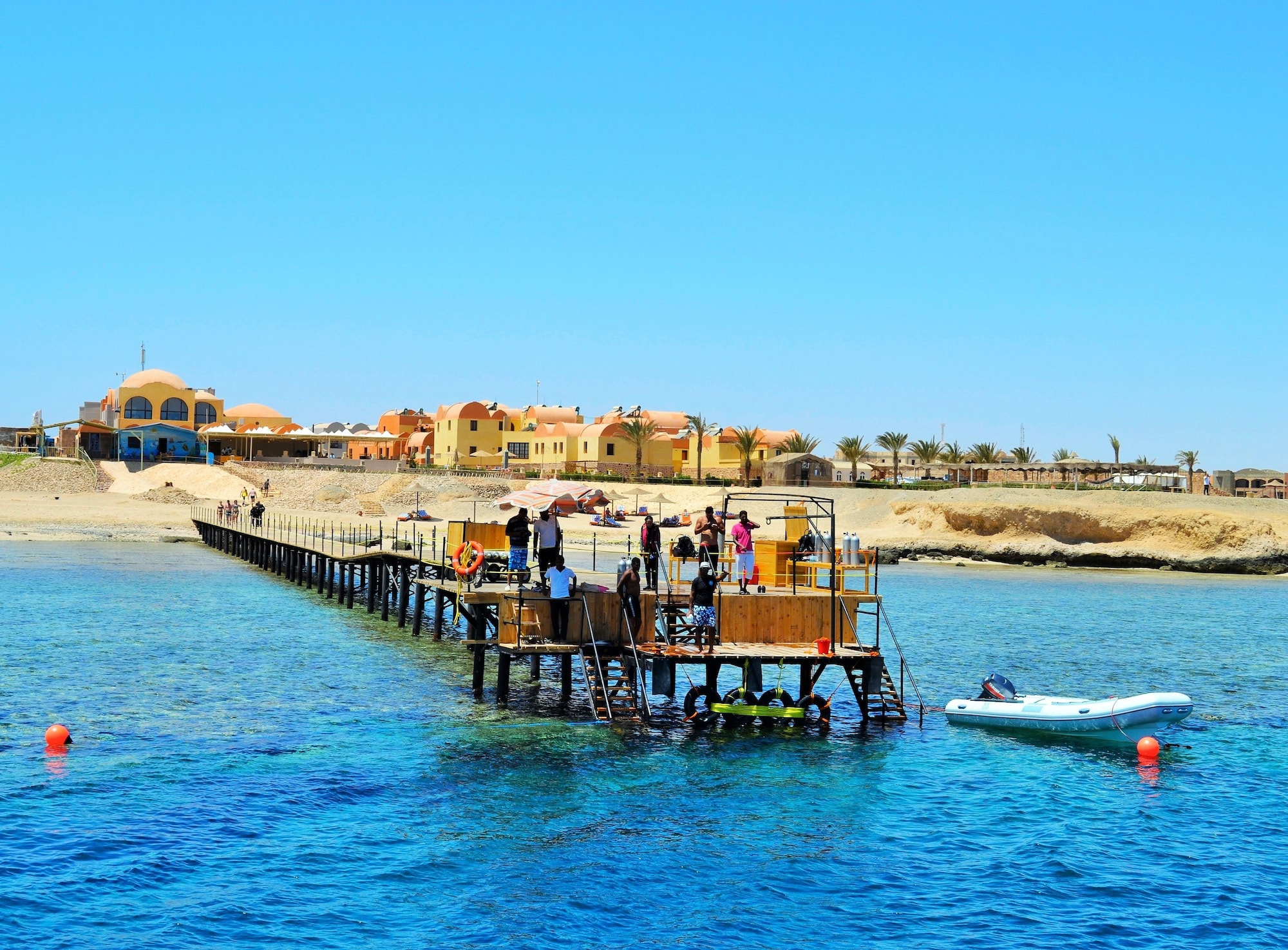 Rohanou Beach Resort and Ecolodge, Al-Qusayr
