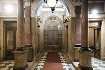 Hotel - Seven Historical Suites