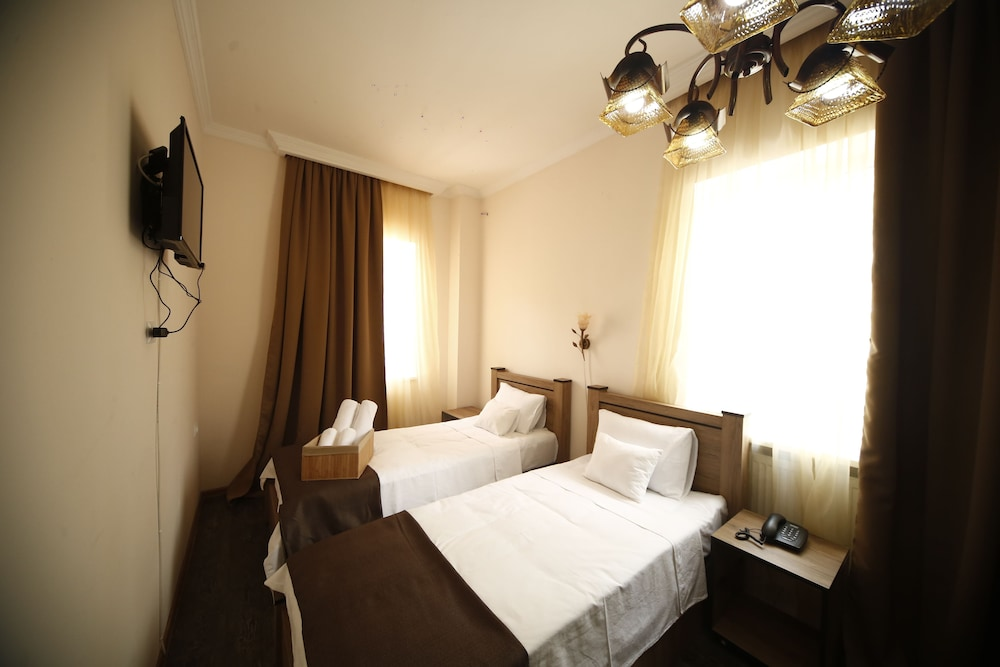 Log Inn Boutique Hotel, Tbilisi