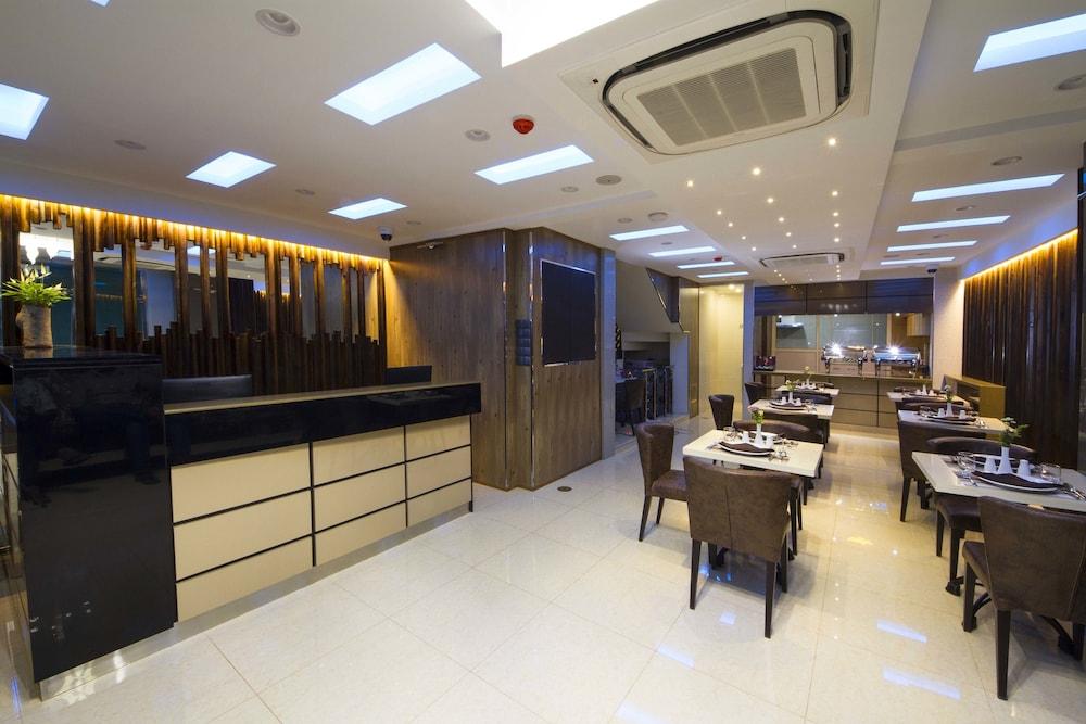 Hotel Somerset Inn