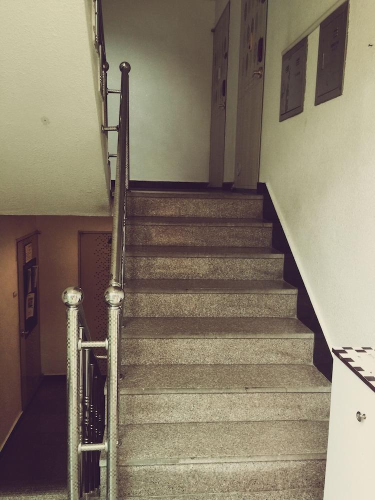 エッグ ゲストハウス コリア