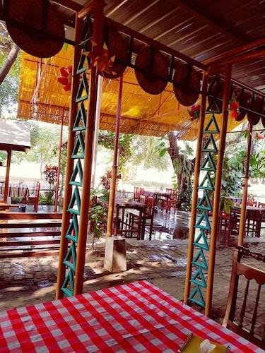Kyaw Hotel, Myingyan