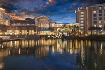 Exterior at Universal's Loews Sapphire Falls Resort in Orlando