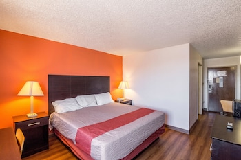 Tulsa Vacations - Motel 6 Tulsa - Property Image 1