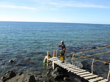 Camiguin Volcan Beach Eco Retreat & Dive Resort Sports Facility