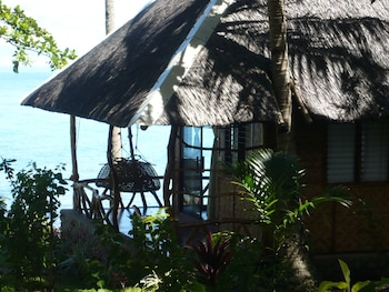 Camiguin Volcan Beach Eco Retreat & Dive Resort Guestroom