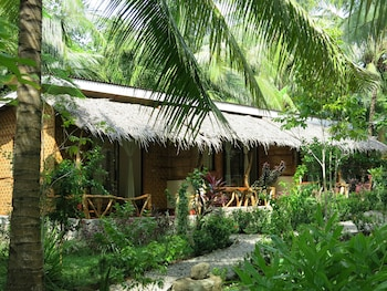 Camiguin Volcan Beach Eco Retreat & Dive Resort Property Grounds