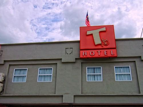 . T Hotel Tandop