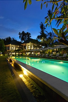 Salaya Beach Houses Negros Oriental Outdoor Pool