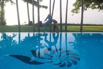 Salaya Beach Houses Negros Oriental Yoga