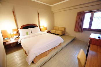 カインドネス ホテル ウー ジャ (康橋商旅五甲館)