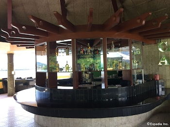 Bohol Tropics Resort Bar
