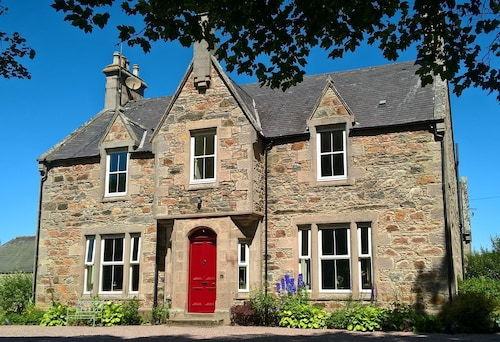 . Cardhu Country House