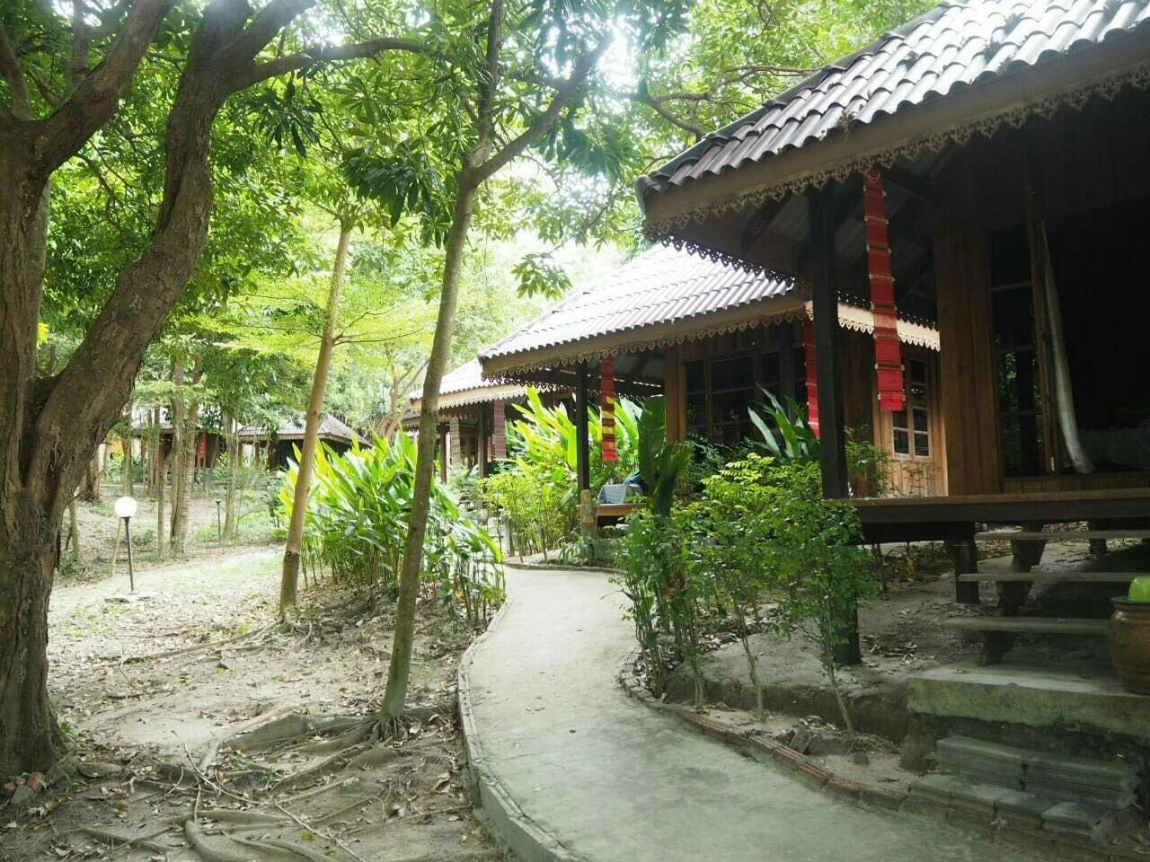 Lipe Sunset Forest Resort, Muang Satun