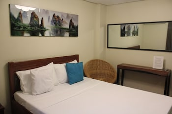 Aqua Travel Lodge El Nido Guestroom
