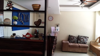 Aqua Travel Lodge El Nido Lobby