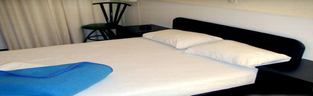 Shared Dormitory, Mixed Dorm, Private Bathroom (8 beds)