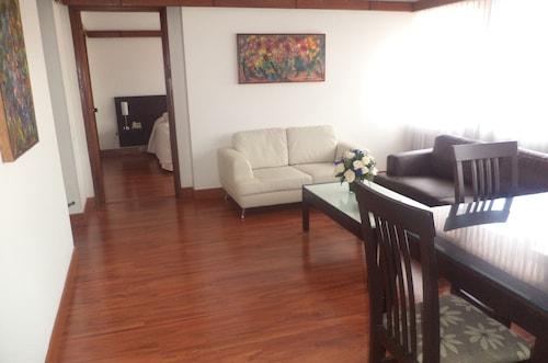 Cora 127 Plenitud, Santafé de Bogotá