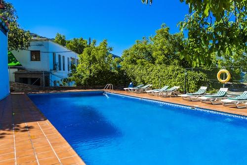 __{offers.Best_flights}__ Hotel Real de Poqueira