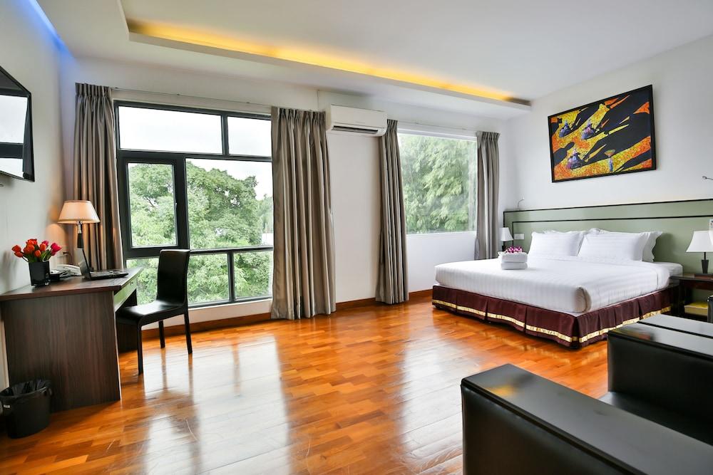 Sky View Hotel Yangon, Yangon-W