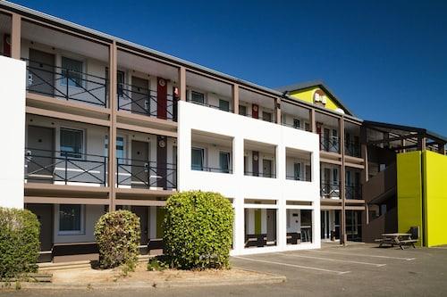 . B&B Hotel Saint-Brieuc