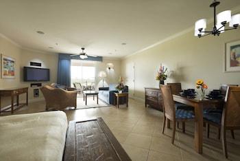 Studio Suite, Kitchen, Golf View