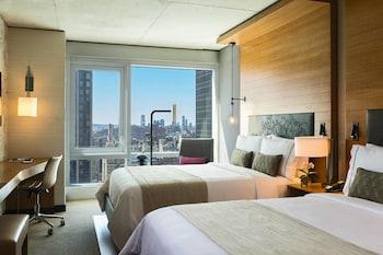 Room, 2 Queen Beds (Skyline)