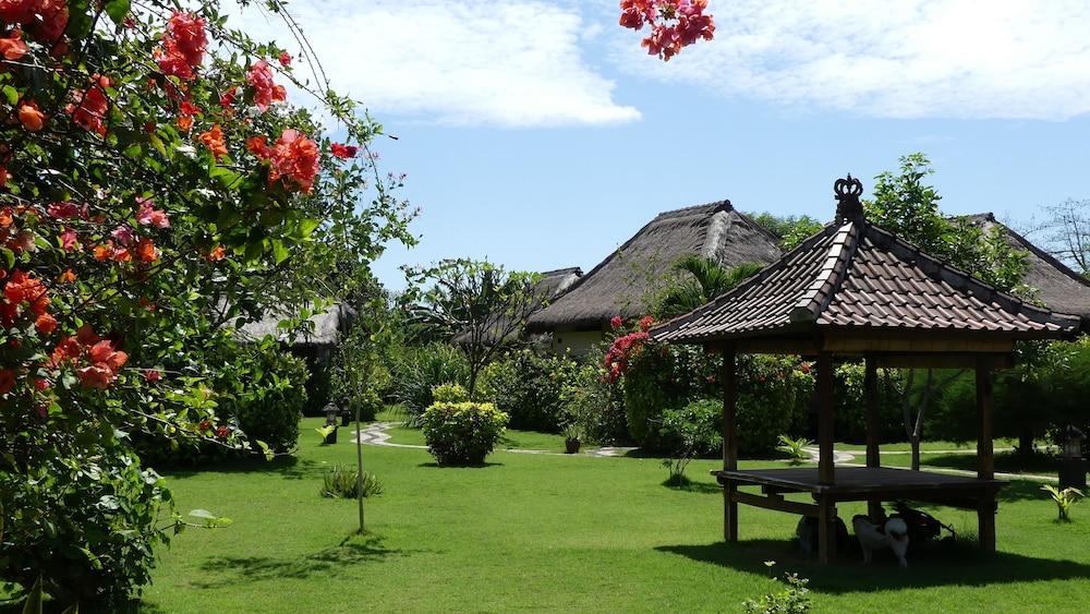 https://i.travelapi.com/hotels/12000000/11680000/11673500/11673467/01c492cd_z.jpg