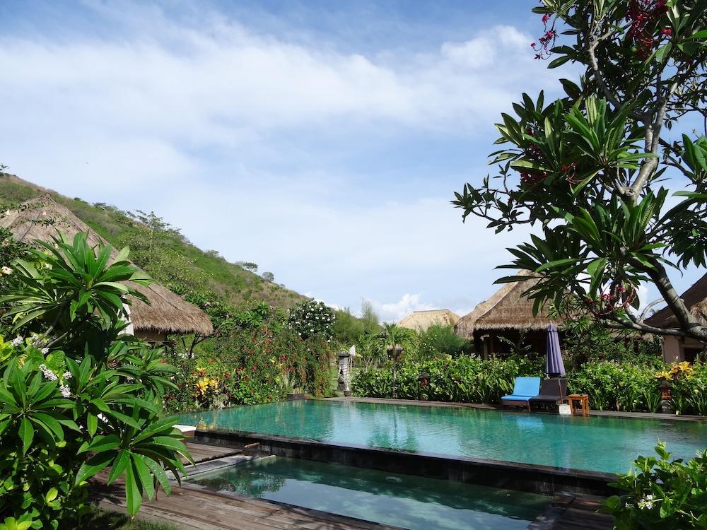 https://i.travelapi.com/hotels/12000000/11680000/11673500/11673467/60592dec_z.jpg