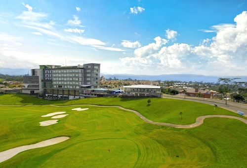 __{offers.Best_flights}__ Punta Diamante Premium Hotel
