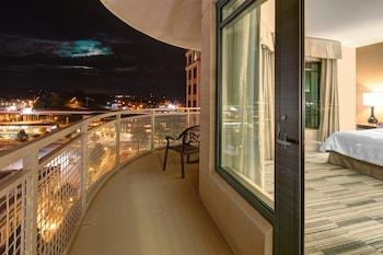 Room, 2 Queen Beds, Accessible, Balcony (Hearing)