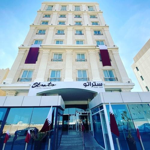 Doha - Strato Hotel by Warwick - z Gdańska, 9 kwietnia 2021, 3 noce