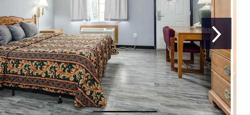 99 Palms Inn & Suites, Tulare