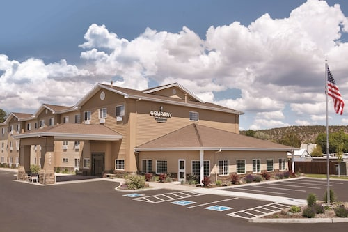 . Country Inn & Suites by Radisson, Prineville, OR