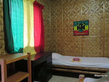 Reggae Guesthouse Bohol Featured Image