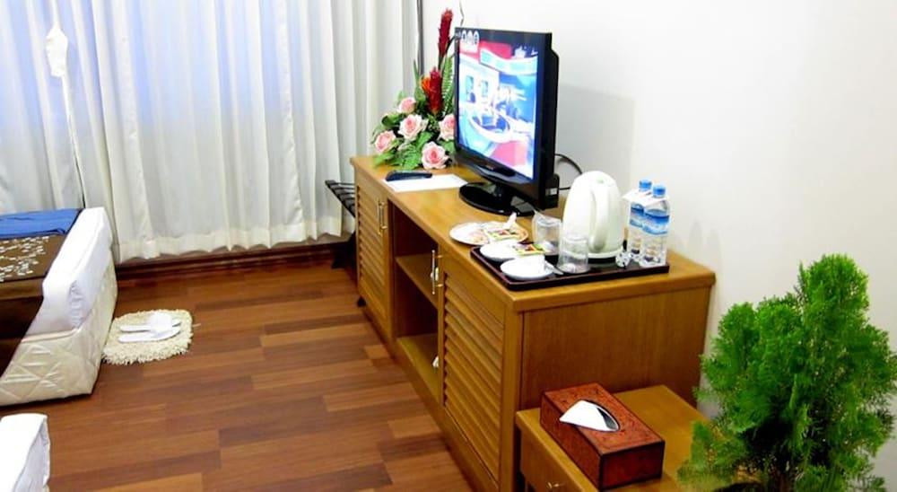 The Hotel Myat Taw Win, Naypyitaw