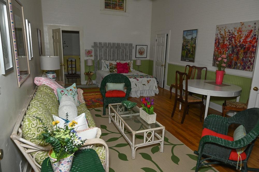 Creekside Cottage, 1 Bedroom