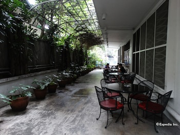 Pension Natividad Manila Outdoor Dining