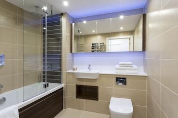SACO Aldgate - Altitude - Bathroom  - #0