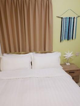 パイナップル バックパッカーズ ホステル (鳳梨背包客棧)
