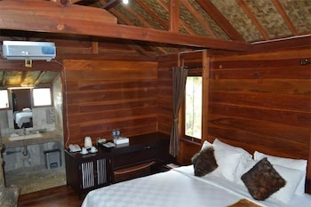 https://i.travelapi.com/hotels/12000000/11770000/11767200/11767133/add94ef9_b.jpg