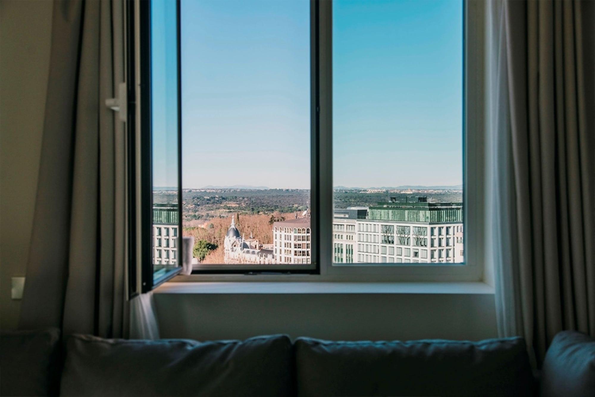 Premium Triple Room, City View, Tower