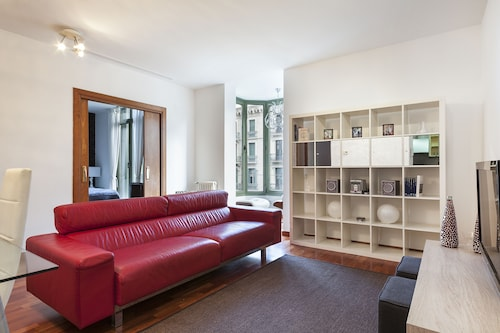 Uma Suites Luxury Downtown, Barcelona