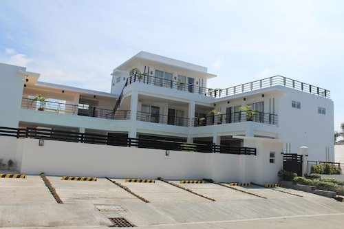 Be-ing Suites, Davao City