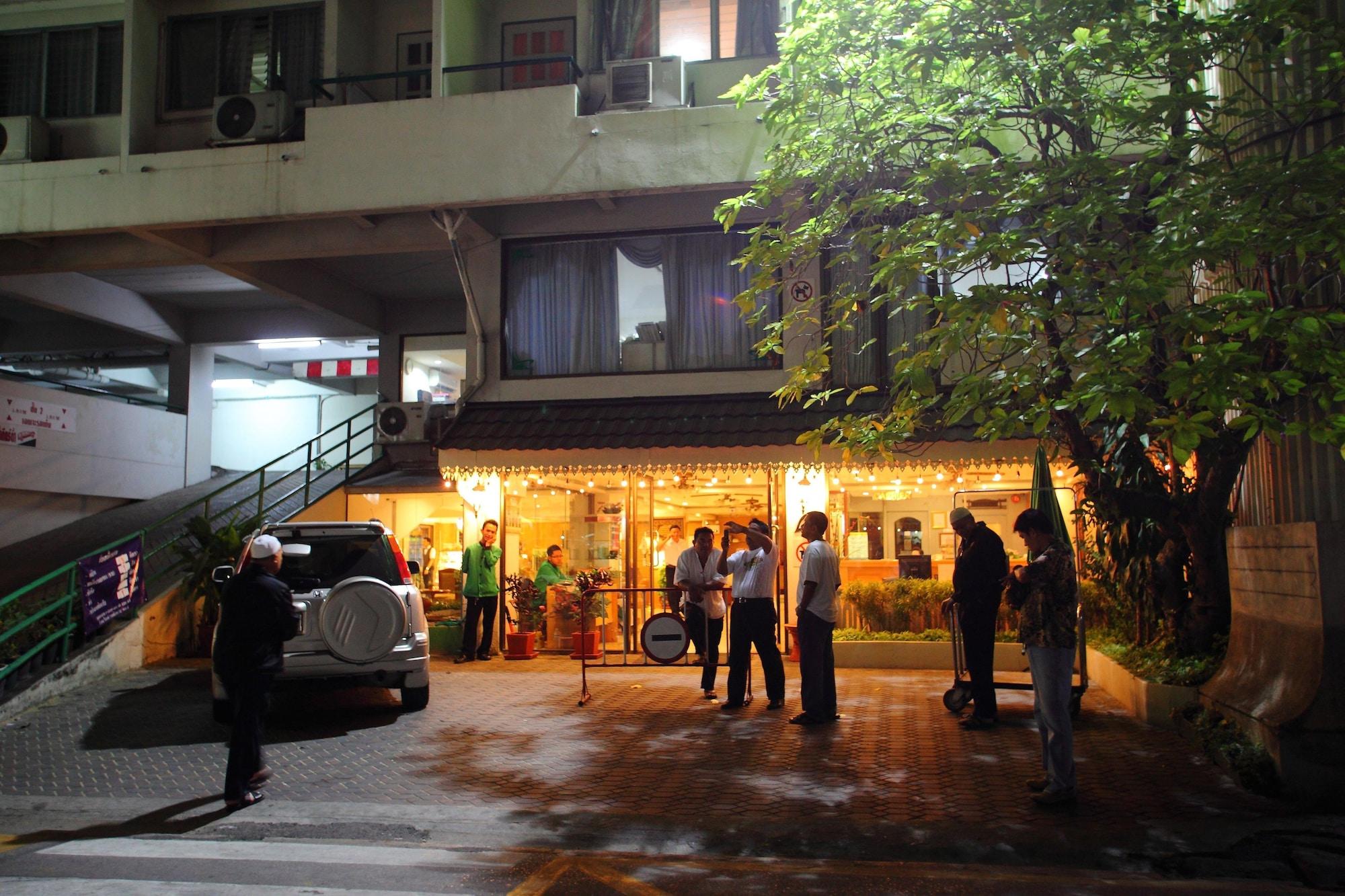 Regent Ramkhamhaeng, Bang Kapi