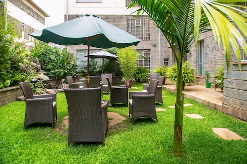 Batians Peak Serviced Apartments, Dagoretti North