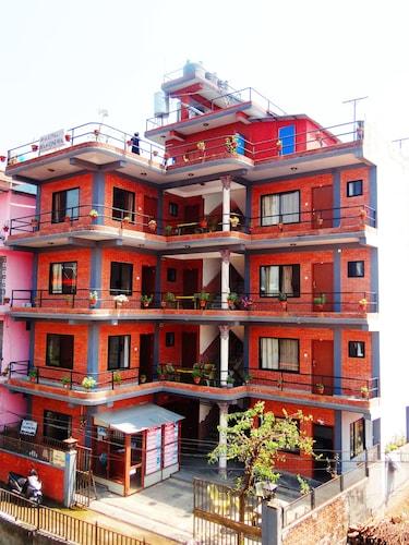 Hotel Hakoniwa, Gandaki