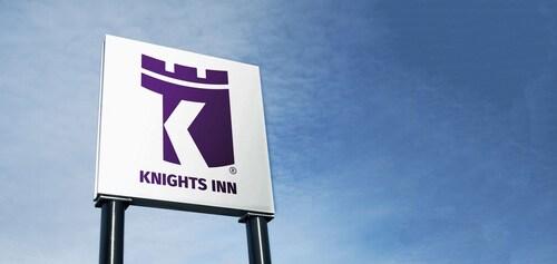 . Knights Inn Harrisonville
